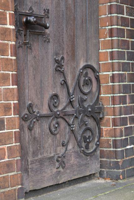 Day 100_church_Bei St Johannis_ironwork on door
