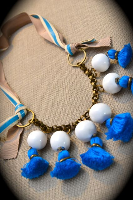 Day 127_Les Précieuses tassel necklace_still-life