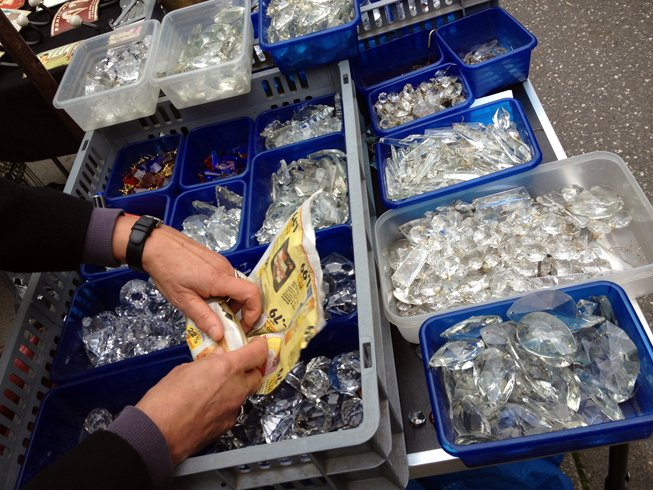 Turmweg_crystals_vintage jewelry components