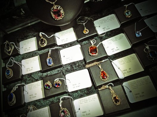 auction_antique_jewelry_Lübeck