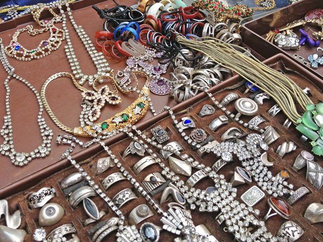 Turmweg_vintage-jewelry-shopping